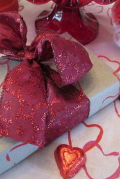 using a paper roll as stamp art hmmmm, crafts, repurposing upcycling, seasonal holiday decor, valentines day ideas