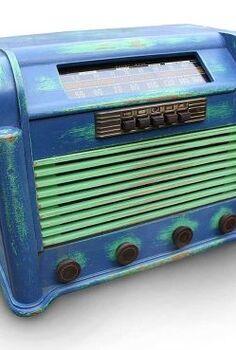 gadgetsponge styled vintage rca victor radio, chalk paint, painted furniture