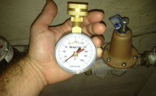 water leaks 3 plumbing tips that will help you avoid problems, home maintenance repairs, how to, plumbing, Use a water pressure gauge to measure your ummm well water pressure