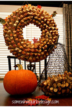 ohh those versatile wine corks, crafts, wreaths, What a wine cork wreath looks like right after you make it