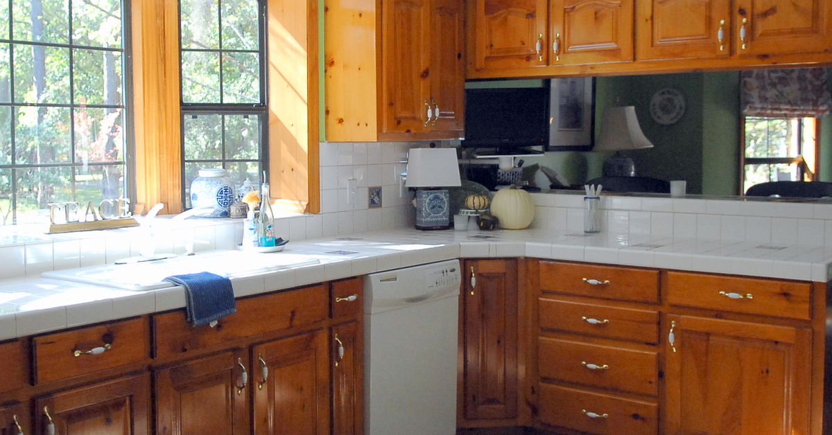 Do I Paint My Kitchen Cabinets I Need Your Opinion Hometalk
