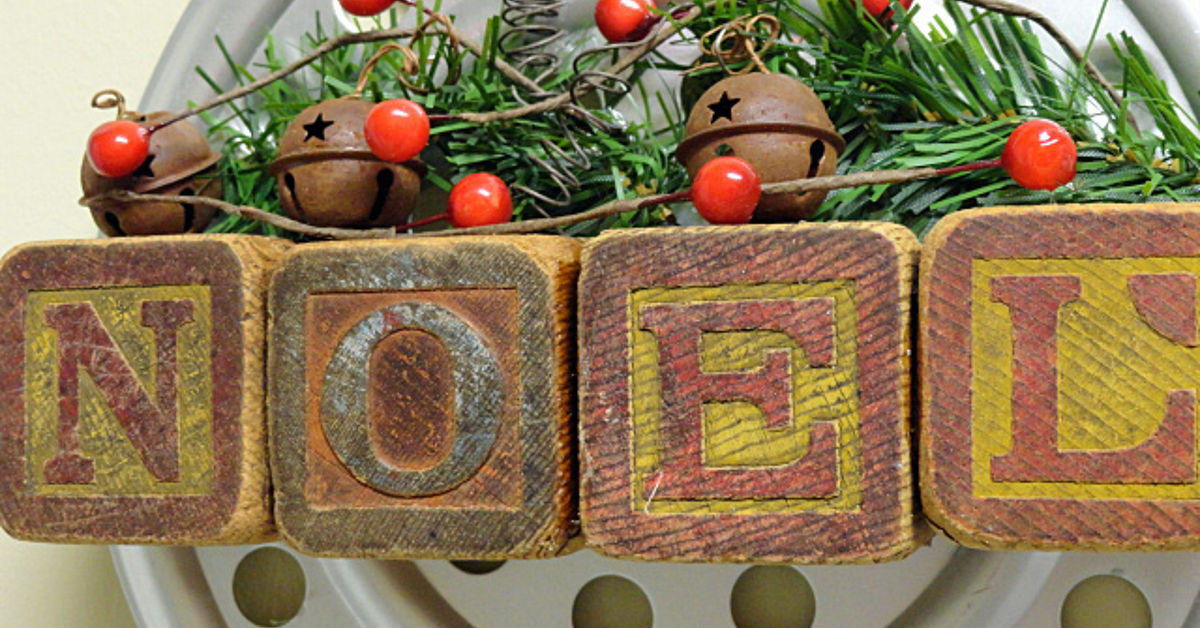 A Vintage Industrial Christmas Wall Hanging Hometalk