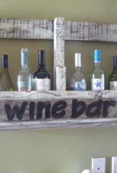 pallet wine bar, painting, pallet, woodworking projects, Holds 10 bottles