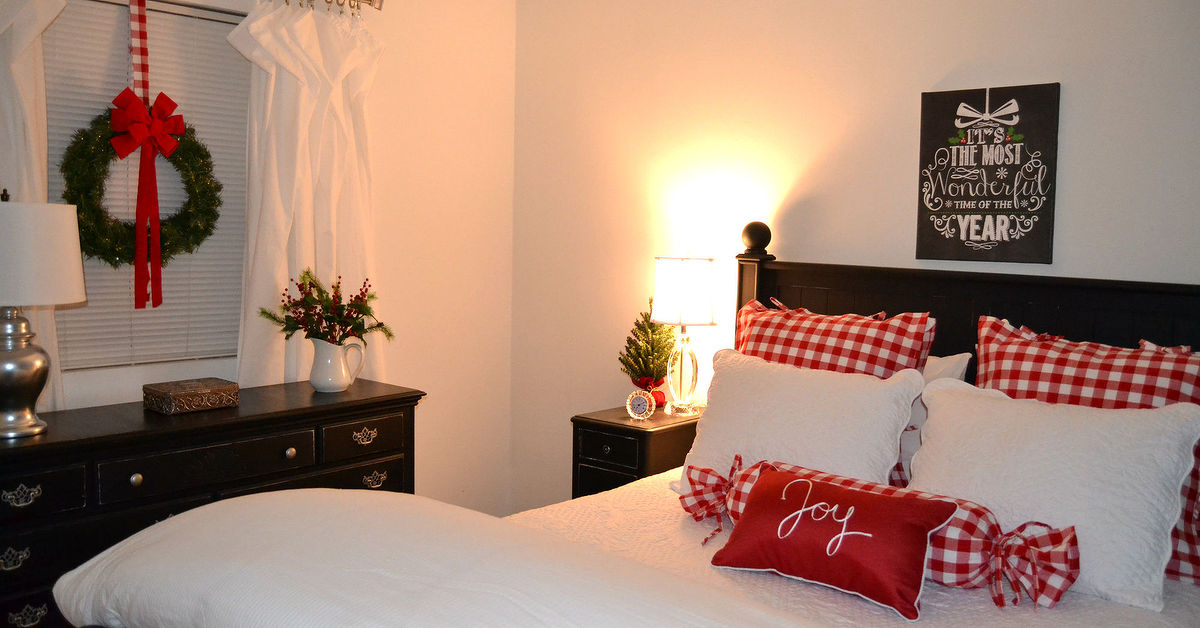 Winter Christmas Bedroom Hometalk. Bedroom Christmas Decor   PierPointSprings com