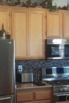 kitchen cabinet redo, kitchen cabinets, kitchen design, painting, Honey oak standard builder grade cabinet Absolutely perfect condiion but the homeowners wanted to match their dining table