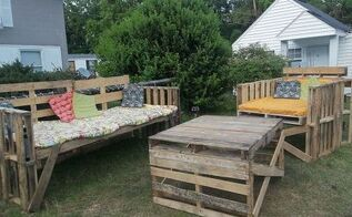 outdoor furniture from pallets, outdoor furniture, outdoor living, painted furniture, pallet, repurposing upcycling