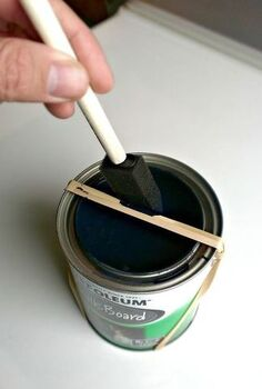 10 uses for rubber bands around the house, repurposing upcycling, Keep the paint in the can