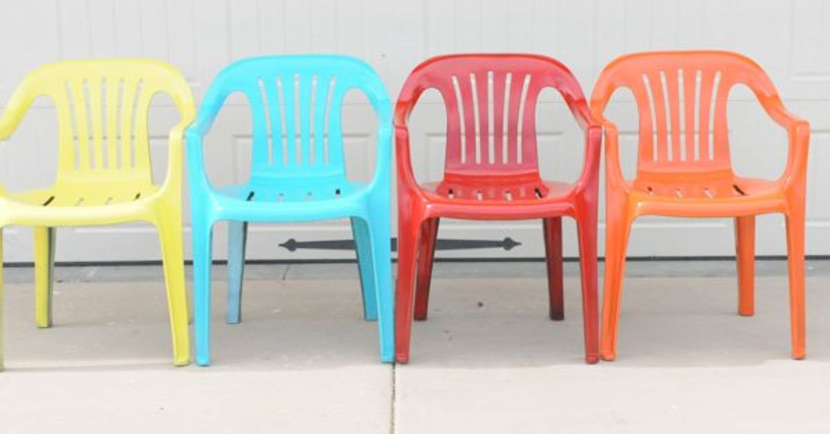 Bring New Life To Your Old Plastic Chairs With Krylon Spray Paint Hometalk