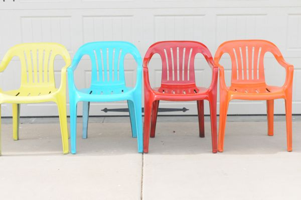 to your old plastic chairs with krylon spray paint painted furniture