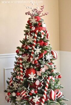 peppermint christmas tree reveal, christmas decorations, seasonal holiday decor