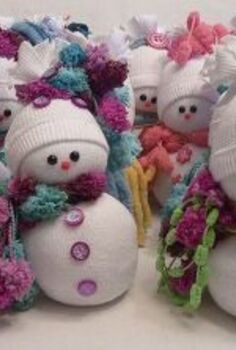 sock snowmen or snow babies as i like to call them, crafts, seasonal holiday decor