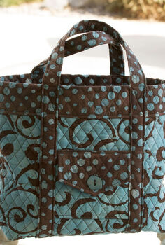 sewing a tote bag, crafts, Use quilted fabric to sew a fun tote bag