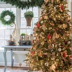 hometalk trends popular christmas decorating trends, bedroom ideas, kitchen design, living room ideas, painted furniture, painting, seasonal holiday decor, Let Beth show you how it s done with this rustic tree
