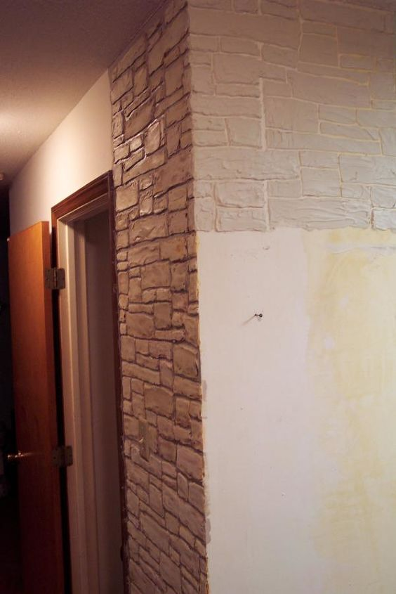 Plain Walls Are Transformed In To Stone Walls With Joint
