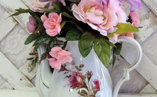 decorating with upcycled teacups and old china, crafts, home decor, repurposing upcycling, wreaths