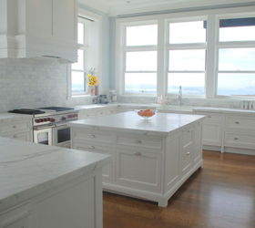 Christopher Peacock Scullery White Marble Kitchen | White marble ...
