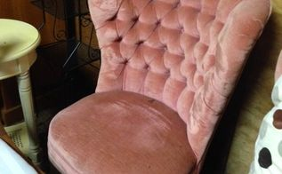 q best tutorial for painting velvet chair, painted furniture, painting upholstered furniture