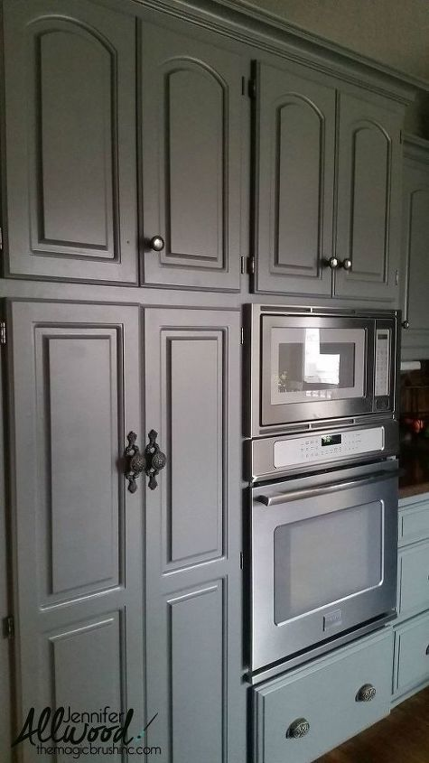 Our Kitchen Cabinet Transformation: From Gold -----> Gray ...