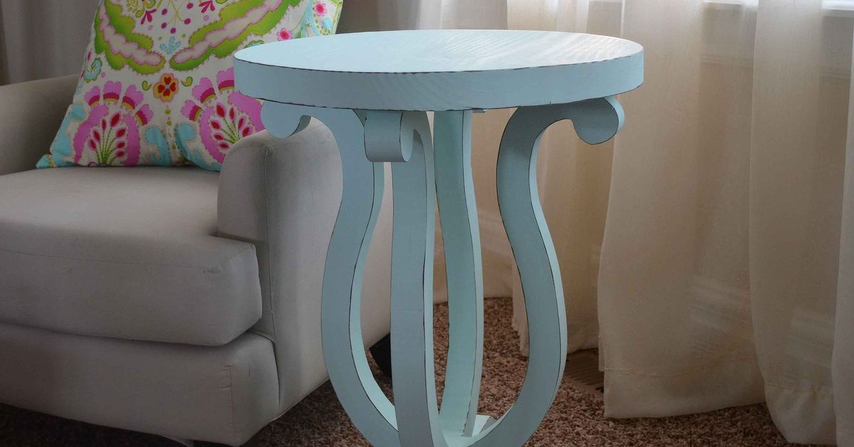 Diy Accent Table With Curvy Legs Hometalk