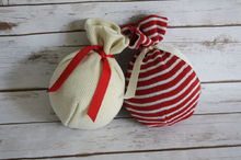diy sweater ornaments in 2 minutes, christmas decorations, crafts, repurposing upcycling, seasonal holiday decor