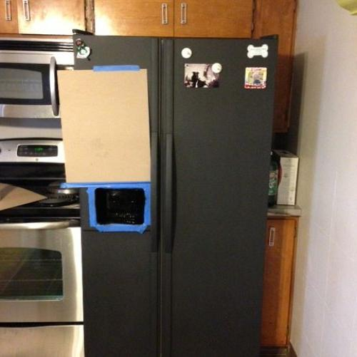 I Painted My Refrigerator With Chalkboard Paint Appliances Chalk Paint Chalkboard Paint