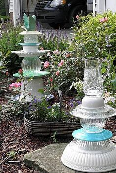 easy garden art it s time, gardening, Blue and white one is one of my favorites