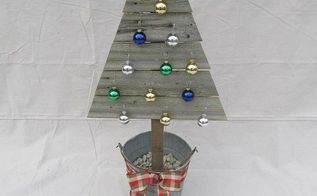 reclaimed fence christmas trees, christmas decorations, crafts, repurposing upcycling, seasonal holiday decor, Great for using on the front porch