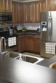 painted kitchen cabinets amp countertops, countertops, kitchen backsplash, kitchen cabinets, kitchen design, painting, Before kitchen photo
