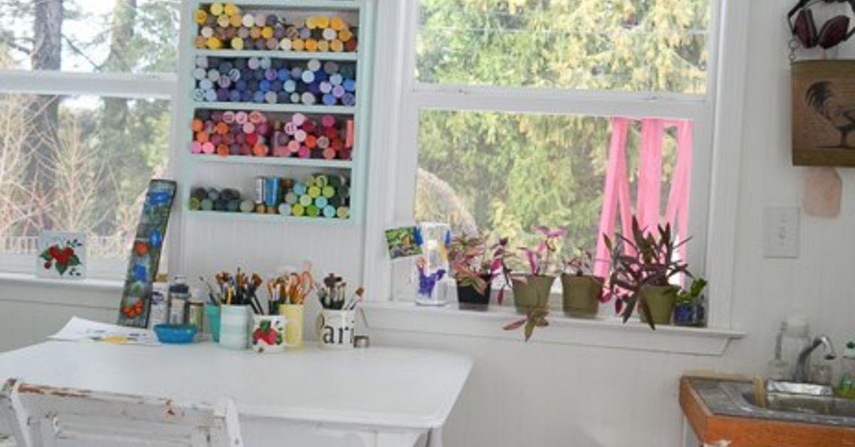 inside my she shed cottage hometalk. Black Bedroom Furniture Sets. Home Design Ideas