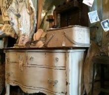 5 tips for thrifting furniture, painted furniture, repurposing upcycling