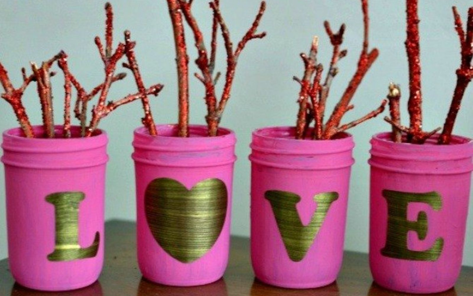 s how 13 dumpster divers decorate for valentine s day, repurposing upcycling, seasonal holiday decor, valentines day ideas, Valentine s Day Display from Extra Mason Jars