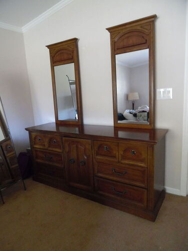 Pecan Finish Meditterranean Style Mirrors Removable Have Two Night Stands And A High Chest
