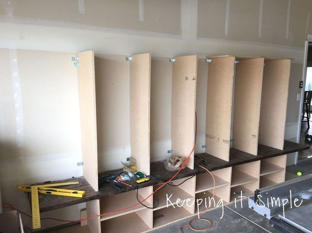 Diy garage mudroom lockers with lots of storage for Mudroom dimensions