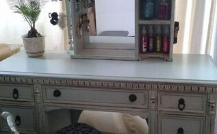 garbage find turned into a vanity for my daughter, painted furniture