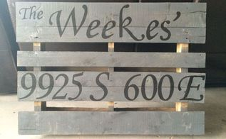 the perfect porch accent diy address pallet, curb appeal, pallet