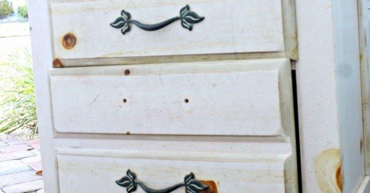 textured paintable wallpaper dresser - photo #30