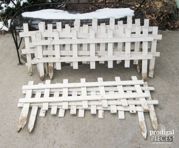 Curbside Picket Fence Becomes Repurposed Garden Decor Diy Fences Gardening Repurposing Upcycling