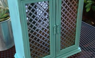turquoise two door jewelry cabinet makeover, chalk paint, painted furniture, shabby chic