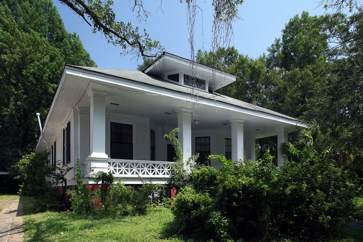 Before after renovating a 100 year old southern charm for Renovating an old home