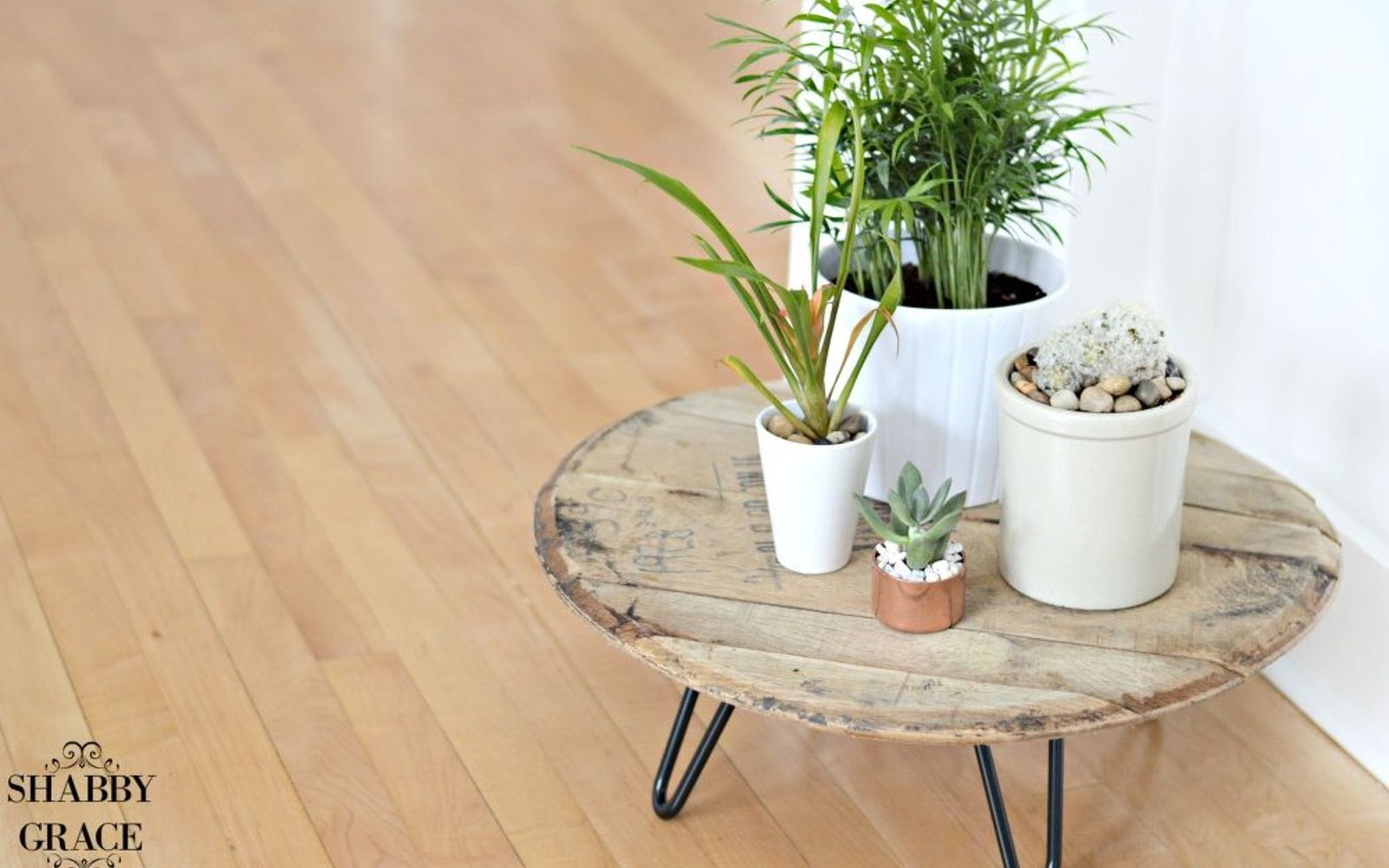 s these are the hottest diy spring trends of 2016, crafts, seasonal holiday decor, Display clusters of greenery