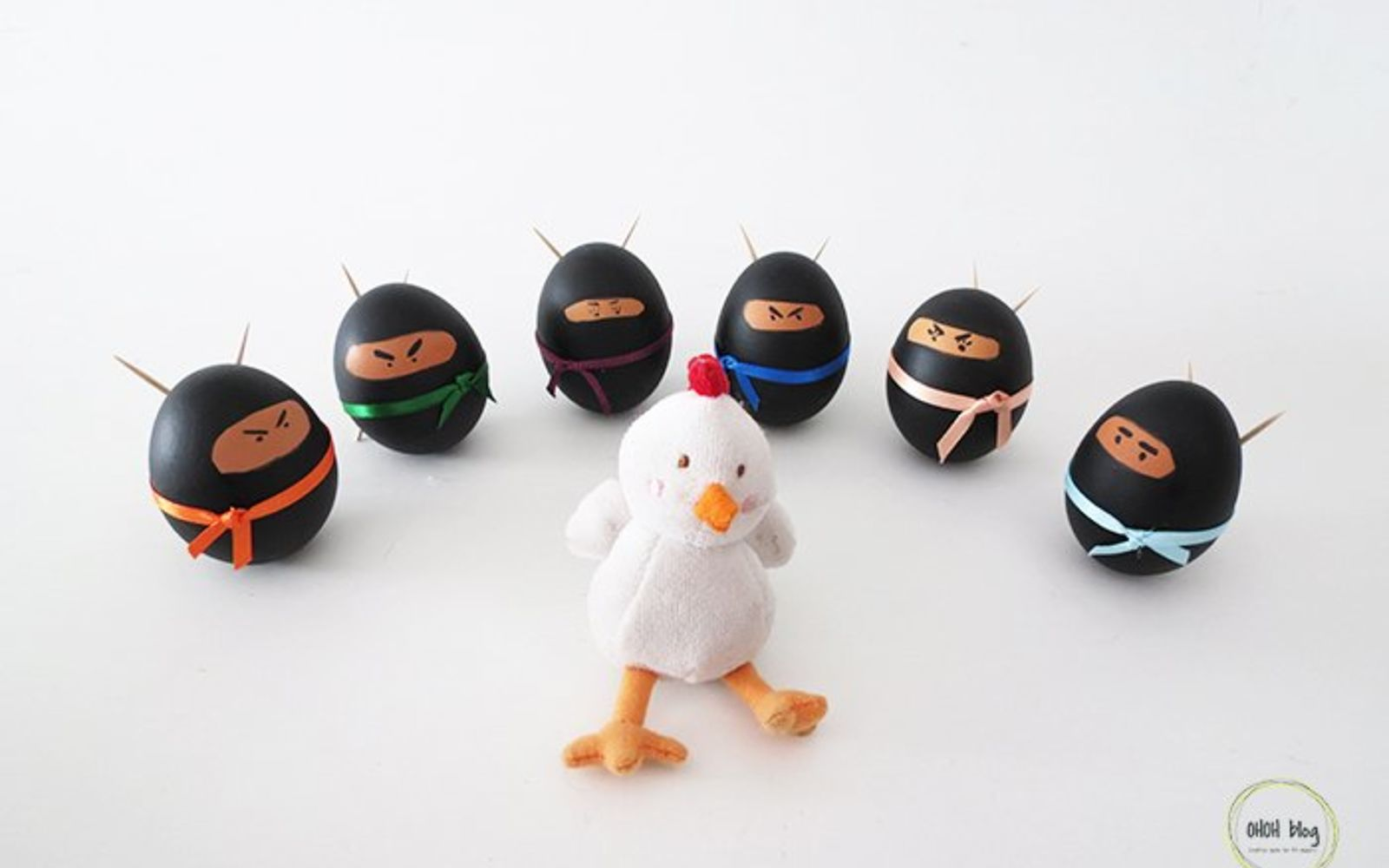 s 25 quick easter egg ideas that are just too stinkin cute, crafts, easter decorations, Paint a crowd of ninjas