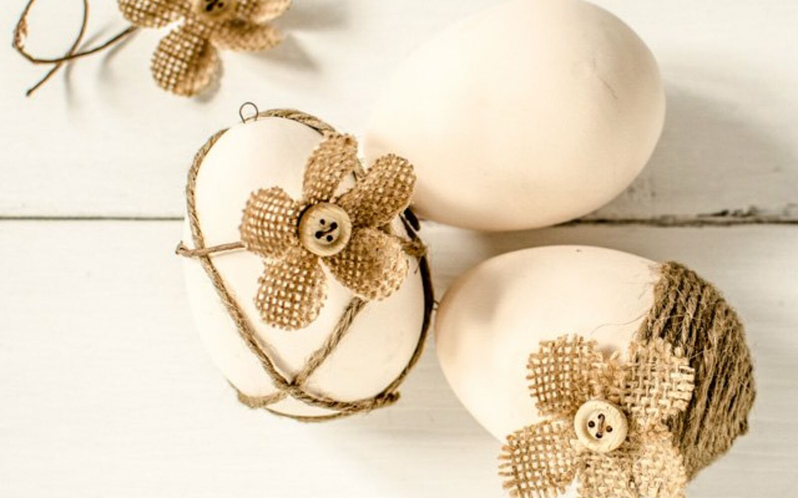 s 25 quick easter egg ideas that are just too stinkin cute, crafts, easter decorations, Craft some in a shabby chic style