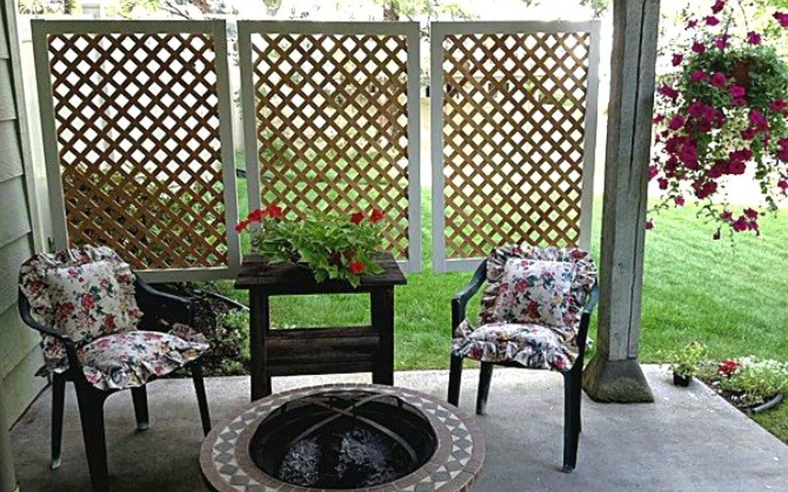 s 11 tips tricks for making your diy deck look amazing, decks, Add a floating privacy screen