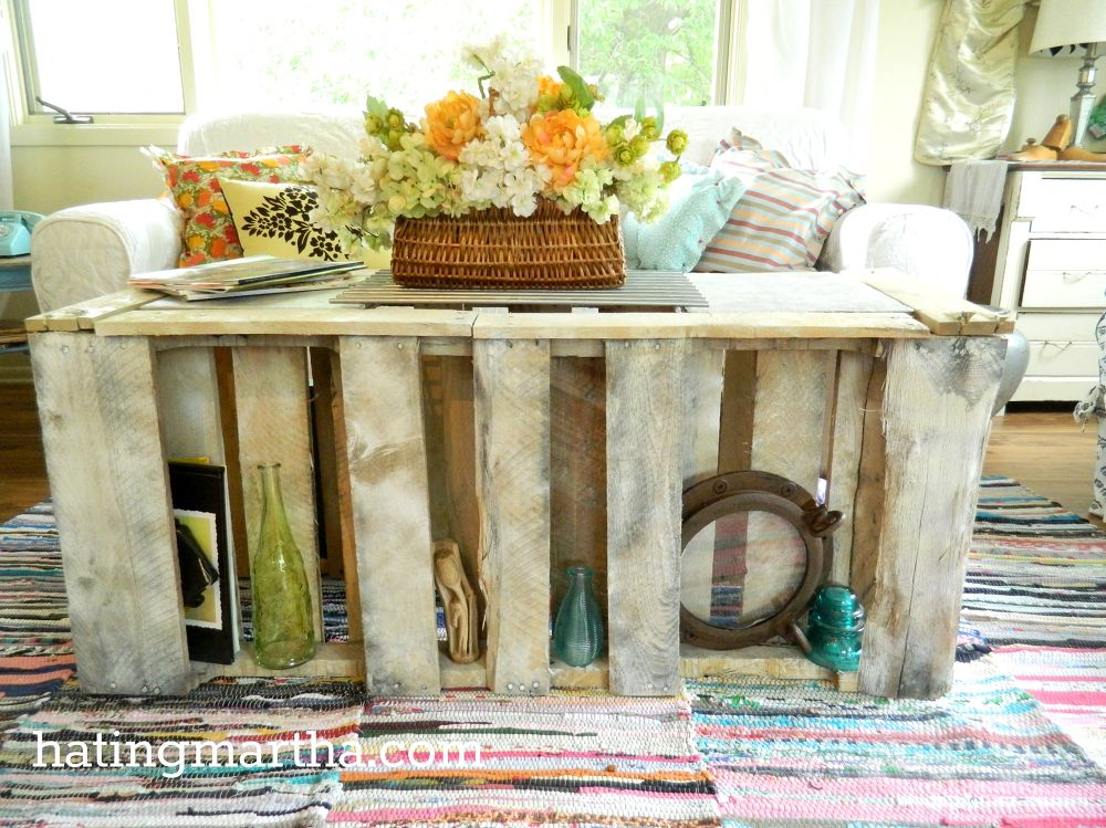 Pallet Coffee Tables That Look Way Too Good To Be Diy Hometalk