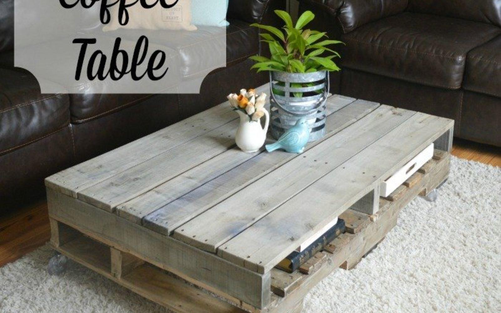 Simple Painted Pallet Coffee Table Diy White On Wheels Inside