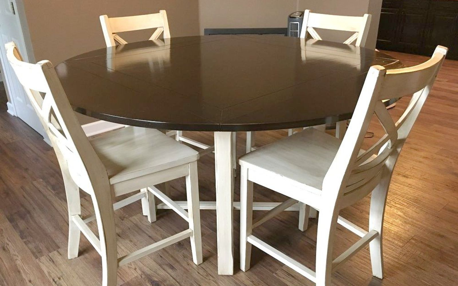 s 13 gorgeous ways to bring your worn kitchen table back to life, kitchen design, painted furniture, Add a two toned look by painting the legs