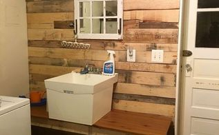 laundry room pallet wall, diy, laundry rooms, pallet, wall decor, AFTER