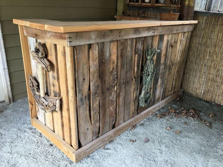 Backyard tiki bar hometalk for Diy outdoor bar top