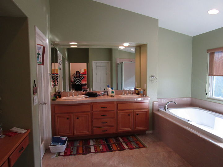 Master Bath Makeover From Dated To Dazzeling On A Dime Hometalk