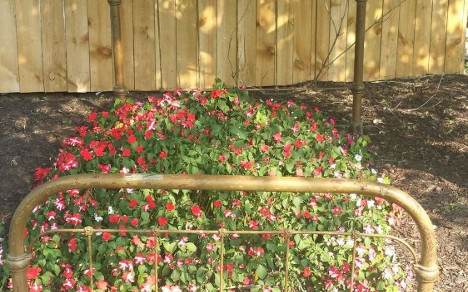 flower bed - bedding   bed linen